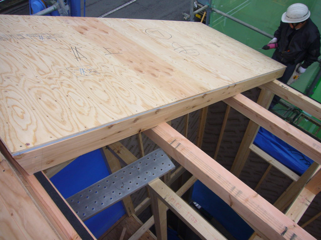 屋根パネル 断熱材フェノバフォーム