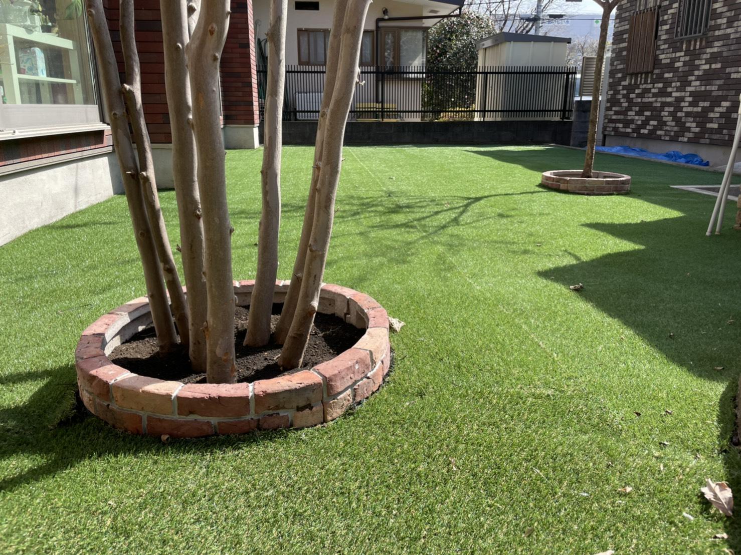 人工芝 リフォーム 庭