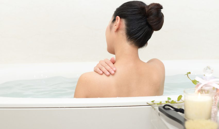 お風呂 女性